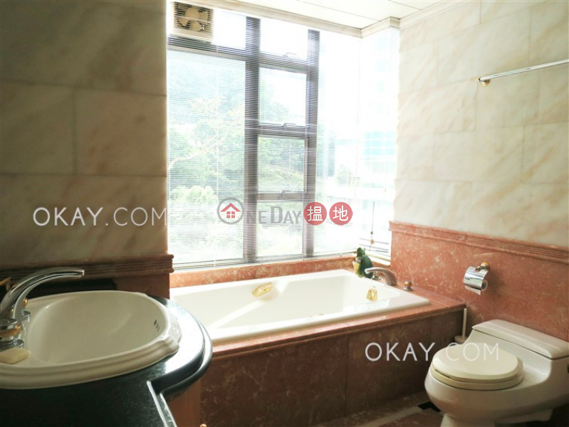 3房2廁,星級會所,連租約發售寶雲山莊出租單位-2寶雲道 | 中區香港出租|HK$ 72,000/ 月