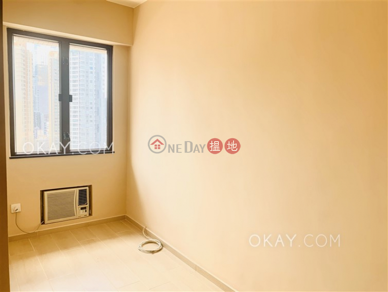 Efficient 3 bedroom in Mid-levels East | Rental, 128-130 Kennedy Road | Eastern District, Hong Kong Rental HK$ 35,000/ month