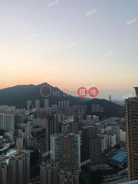 Property Search Hong Kong | OneDay | Residential, Rental Listings | Tower 3 Island Resort | 3 bedroom High Floor Flat for Rent