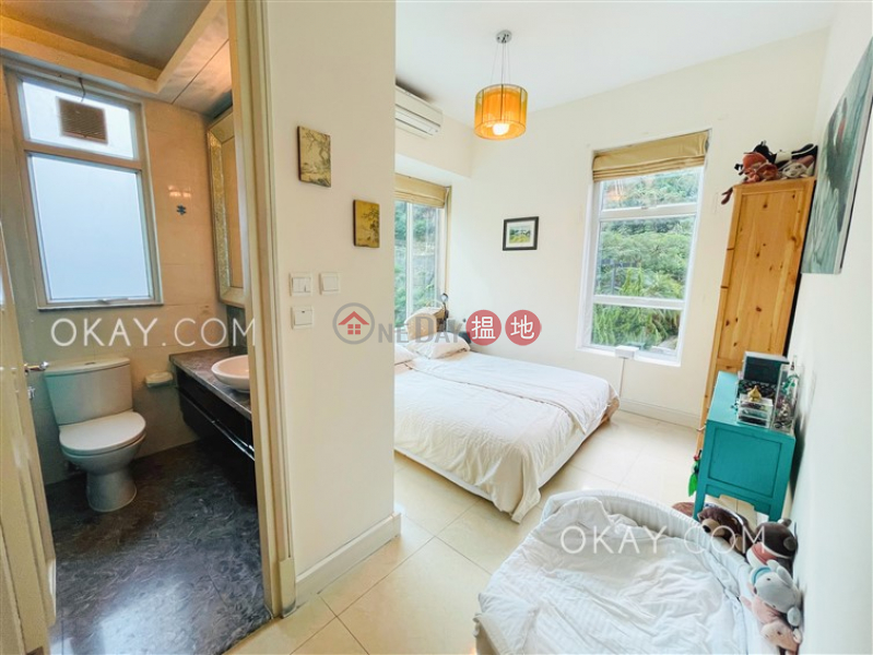 Popular 2 bedroom with balcony | For Sale | Casa 880 Casa 880 Sales Listings
