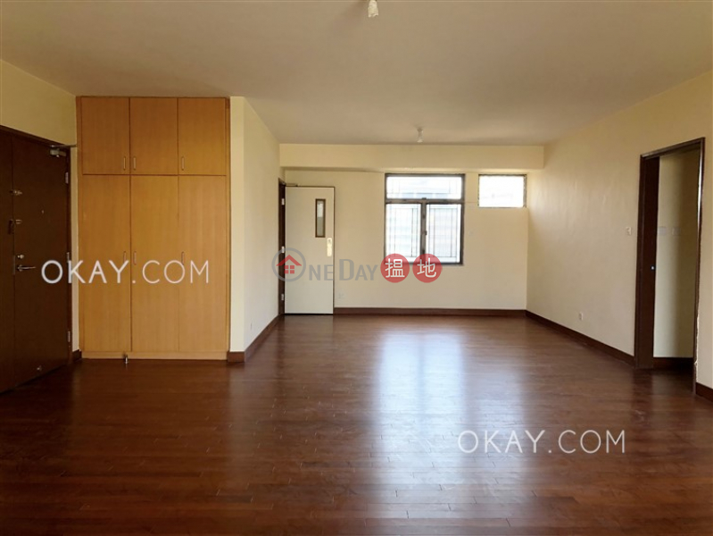 Property Search Hong Kong | OneDay | Residential, Rental Listings | Luxurious 3 bedroom with balcony & parking | Rental