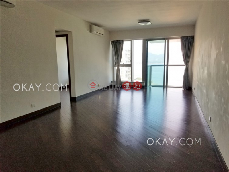 Charming 4 bedroom with sea views, balcony | Rental | Mayfair by the Sea Phase 1 Tower 19 逸瓏灣1期 大廈19座 Rental Listings