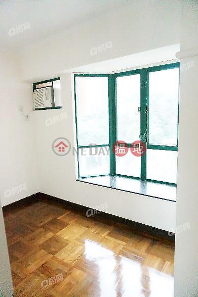 HK$ 38,000/ month Caroline Garden, Wan Chai District Caroline Garden   3 bedroom Mid Floor Flat for Rent