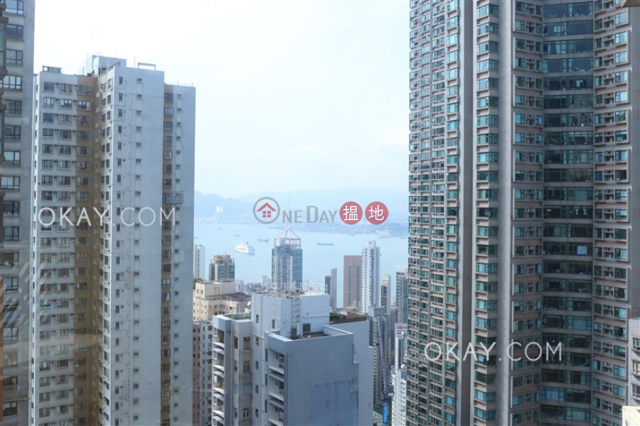 Charming 1 bed on high floor with sea views & balcony | Rental | The Icon 干德道38號The ICON Rental Listings