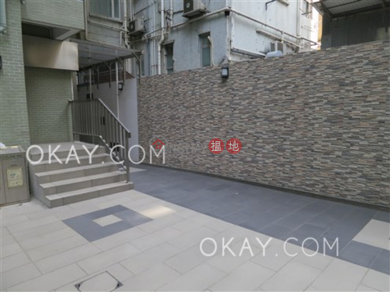 HK$ 11.8M Ka Fu Building Block A | Western District, Charming 1 bedroom with terrace | For Sale