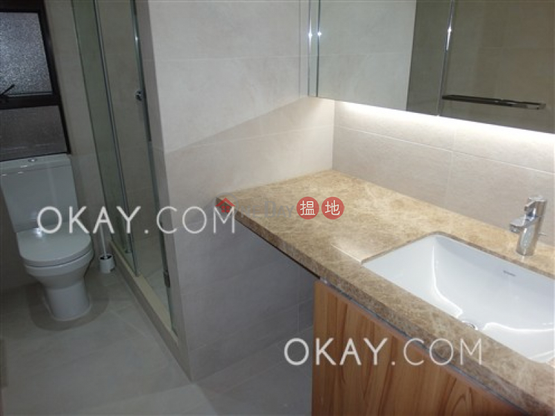 Lovely penthouse with rooftop | For Sale, Robinson Heights 樂信臺 Sales Listings | Western District (OKAY-S21303)