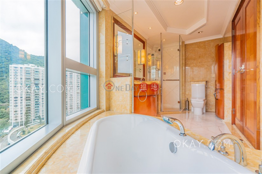 HK$ 132,000/ month, The Summit | Wan Chai District Gorgeous 4 bedroom with harbour views & parking | Rental