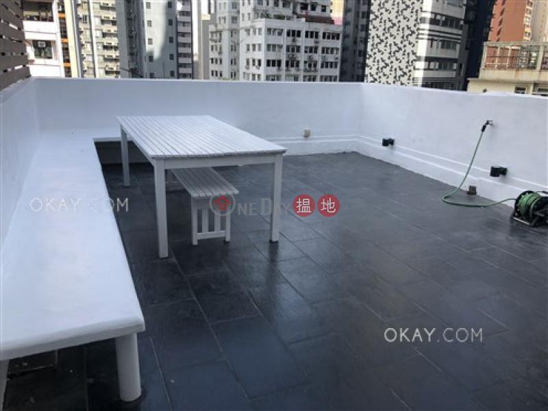 1房1廁,極高層《四方街2號出售單位》|四方街2號(2 Square Street)出售樓盤 (OKAY-S288123)
