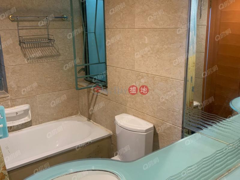 Tower 6 Island Resort   3 bedroom Mid Floor Flat for Sale   Tower 6 Island Resort 藍灣半島 6座 Sales Listings
