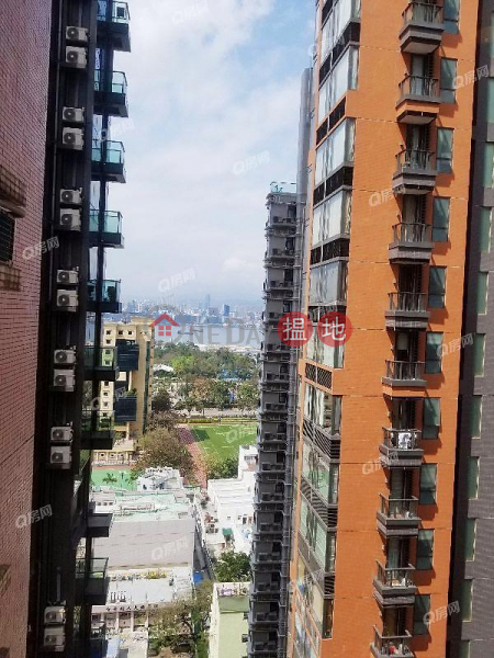 裝修企理 , 景有少量海景《大坑道1號買賣盤》|大坑道1號(1 Tai Hang Road)出售樓盤 (QFANG-S76231)