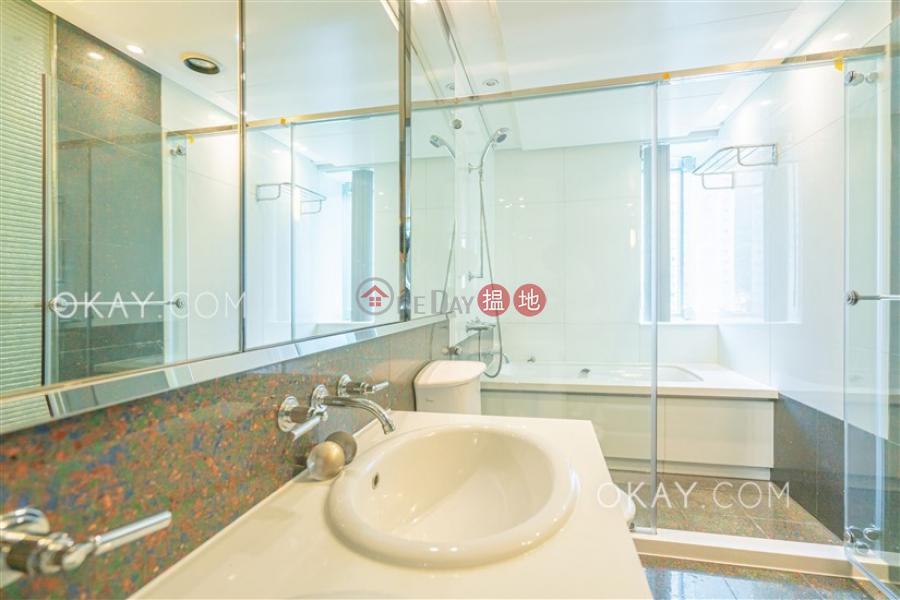 4房3廁,星級會所,連車位《曉廬出租單位》|曉廬(High Cliff)出租樓盤 (OKAY-R42786)