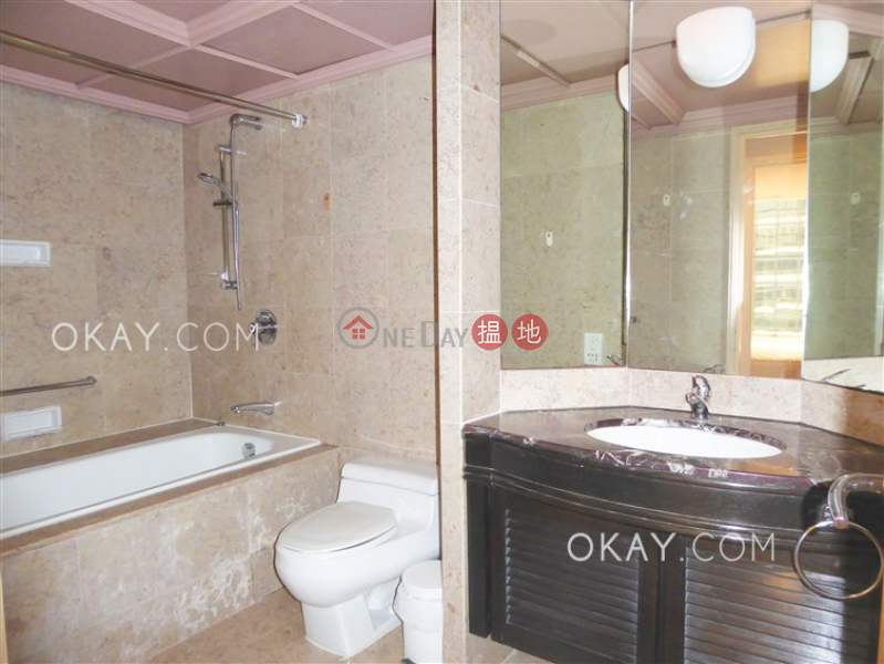 HK$ 28,000/ month, Convention Plaza Apartments, Wan Chai District, Rare 1 bedroom in Wan Chai   Rental