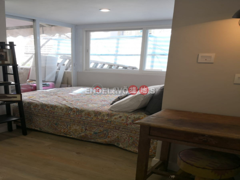 HK$ 28,000/ month, Merlin Building, Central District, 2 Bedroom Flat for Rent in Central