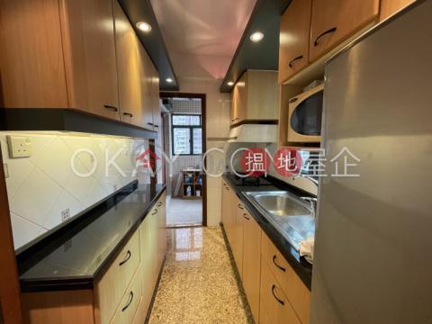 Charming 3 bedroom on high floor with sea views | Rental|Dragon Court(Dragon Court)Rental Listings (OKAY-R33342)_0