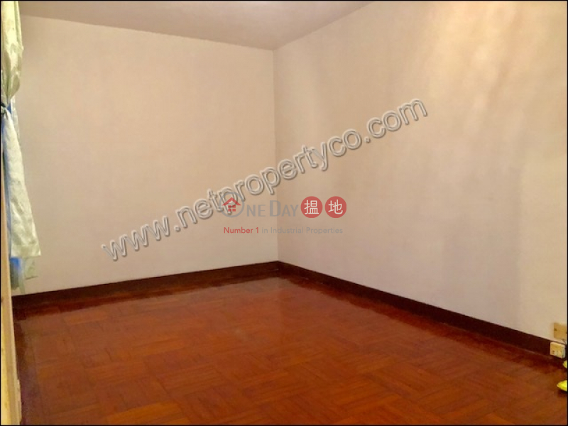 HK$ 15,000/ month | Chi Fu Fa Yuen-Fu Hing Yuen, Western District | Well Maintain 2 bedrooms apartment for rent