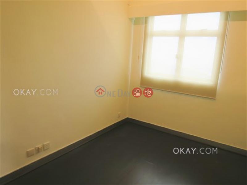 HK$ 1.3億-Sunshine Villa中區 3房3廁,連車位,露台,獨立屋《Sunshine Villa出售單位》