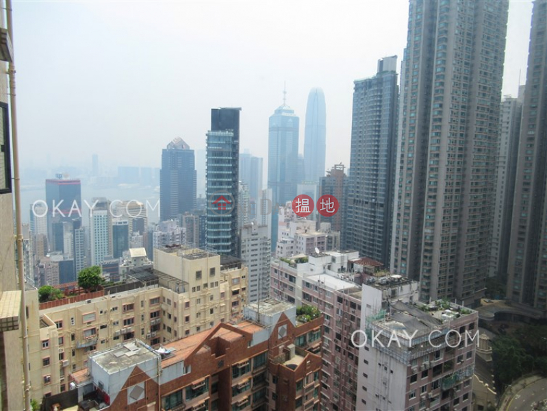 HK$ 28.5M, Scenic Heights | Western District, Efficient 3 bedroom on high floor with parking | For Sale