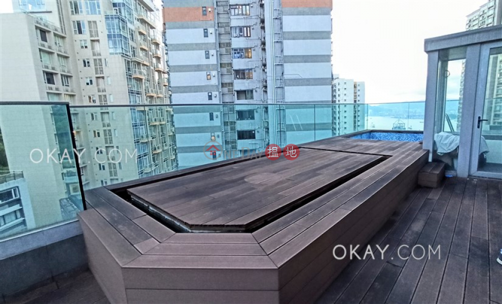 Property Search Hong Kong | OneDay | Residential | Rental Listings Exquisite penthouse with harbour views, rooftop | Rental