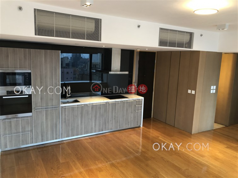 Property Search Hong Kong | OneDay | Residential Rental Listings Nicely kept 2 bedroom on high floor with harbour views | Rental