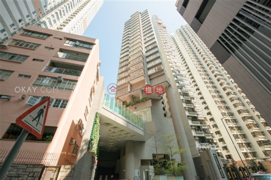 Lovely 1 bedroom on high floor with balcony | Rental | The Icon 干德道38號The ICON Rental Listings