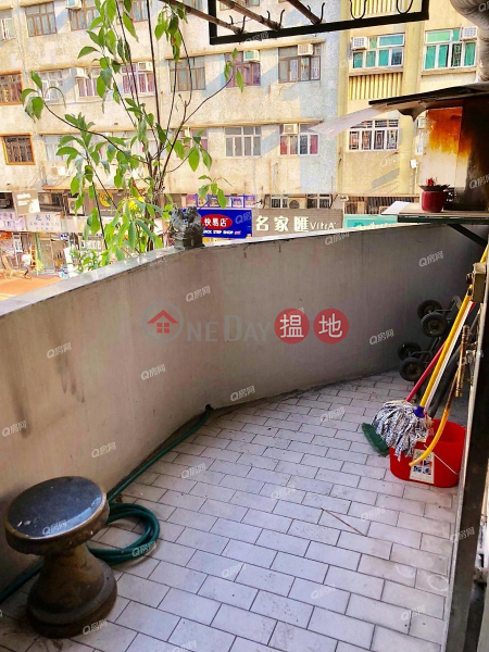 Fu King Building | 3 bedroom Mid Floor Flat for Sale | Fu King Building 富景樓 Sales Listings