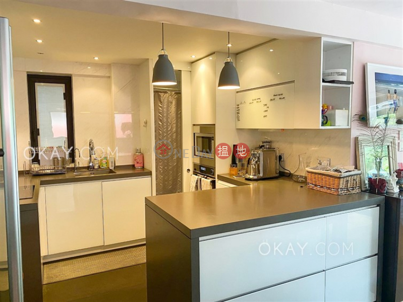 Luxurious house with balcony & parking | For Sale | Tan Cheung Ha Village 頓場下村 Sales Listings