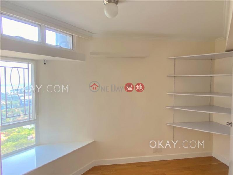 Unique 4 bedroom on high floor | For Sale | Discovery Bay, Phase 5 Greenvale Village, Greenbelt Court (Block 9) 愉景灣 5期頤峰 濤山閣(9座) Sales Listings