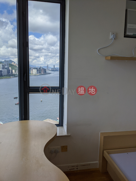 HK$ 21,000/ 月鯉灣天下|觀塘區-3面窗 向南向西向北;維港煙花+鯉魚門海峽漁村景 超高層