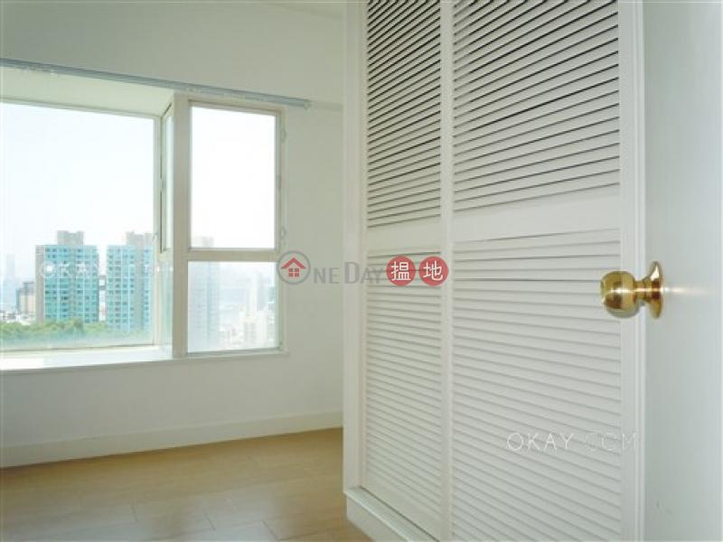 3房2廁,實用率高,星級會所,露台《寶馬山花園出租單位》1寶馬山道 | 東區香港出租-HK$ 45,000/ 月