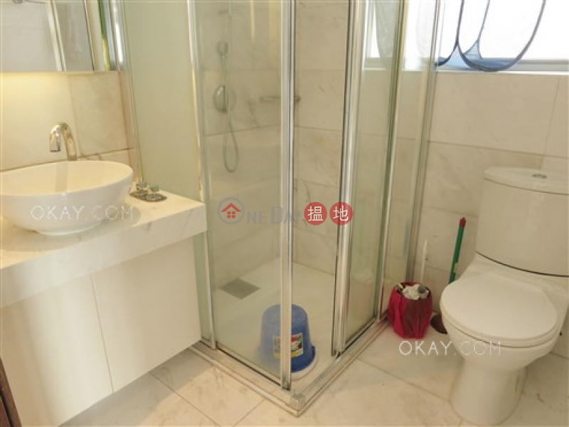HK$ 25,000/ month, One Pacific Heights, Western District | Generous 1 bedroom with balcony | Rental