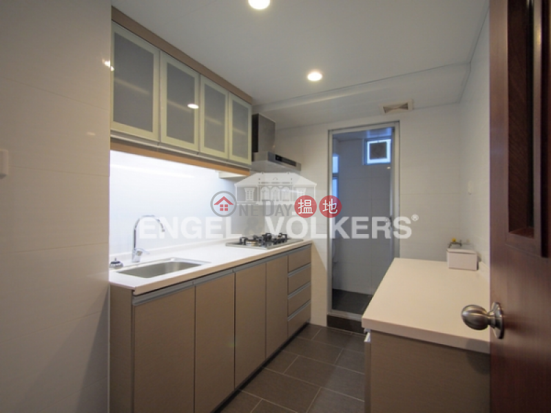 HK$ 32,000/ month, Great George Building Wan Chai District 3 Bedroom Family Flat for Rent in Causeway Bay