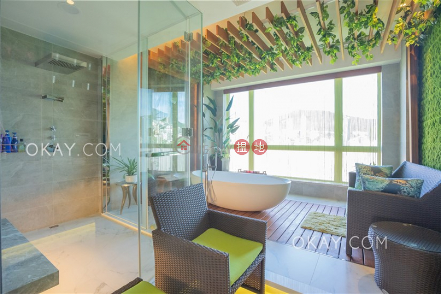 HK$ 99.8M, Chantilly | Wan Chai District Stylish 1 bedroom with balcony & parking | For Sale
