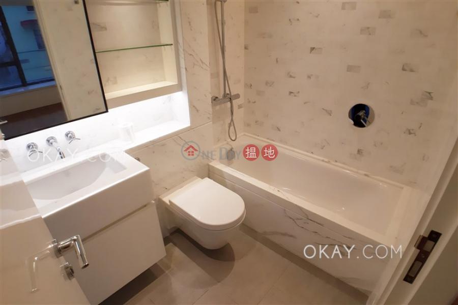 Nicely kept 2 bedroom with rooftop & terrace | Rental | Resiglow Resiglow Rental Listings