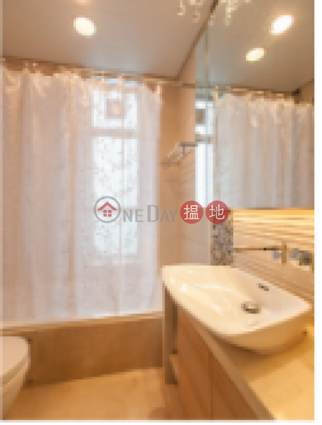 HK$ 55,000/ month, 18 Conduit Road   Western District 3 Bedroom Family Flat for Rent in Mid Levels West