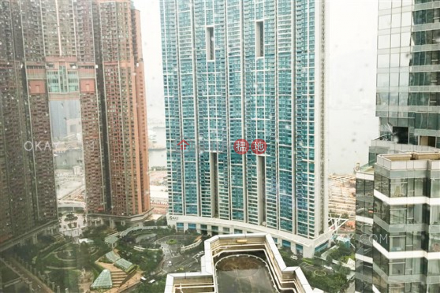 HK$ 19.5M, The Cullinan Tower 21 Zone 5 (Star Sky) | Yau Tsim Mong | Gorgeous 2 bedroom on high floor with harbour views | For Sale