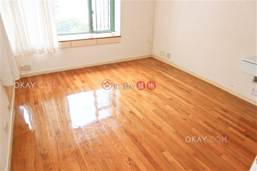 HK$ 48,000/ month, Robinson Place, Western District Charming 3 bedroom in Mid-levels West | Rental