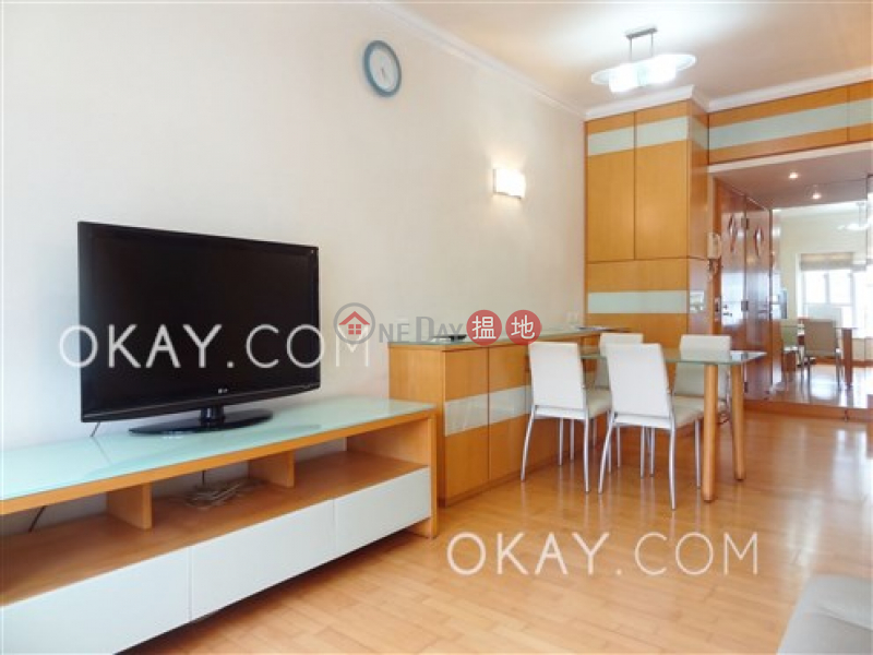 HK$ 25,500/ month Le Printemps (Tower 1) Les Saisons, Eastern District | Cozy 2 bedroom in Quarry Bay | Rental