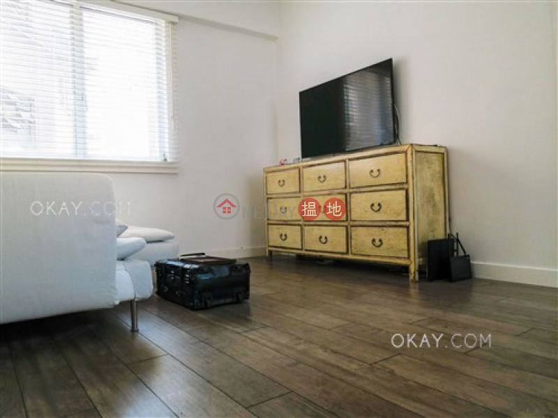 Unique 1 bedroom in Central | For Sale, Sunrise House 新陞大樓 Sales Listings | Central District (OKAY-S277046)