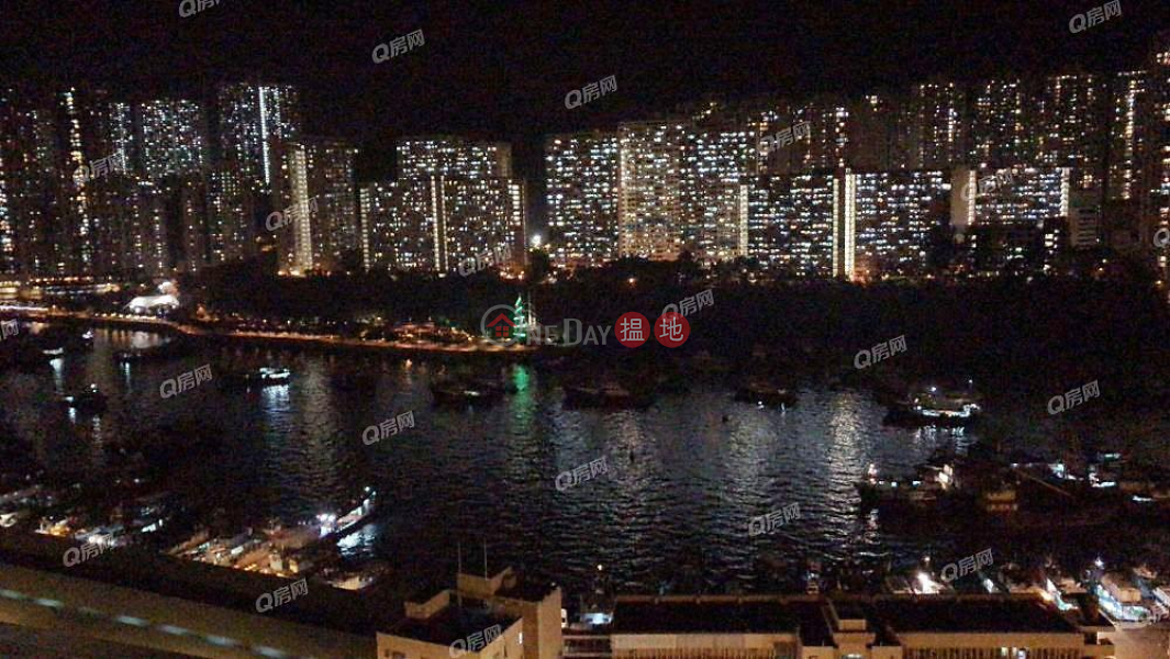 HK$ 9.5M   South Coast, Southern District South Coast   2 bedroom Flat for Sale