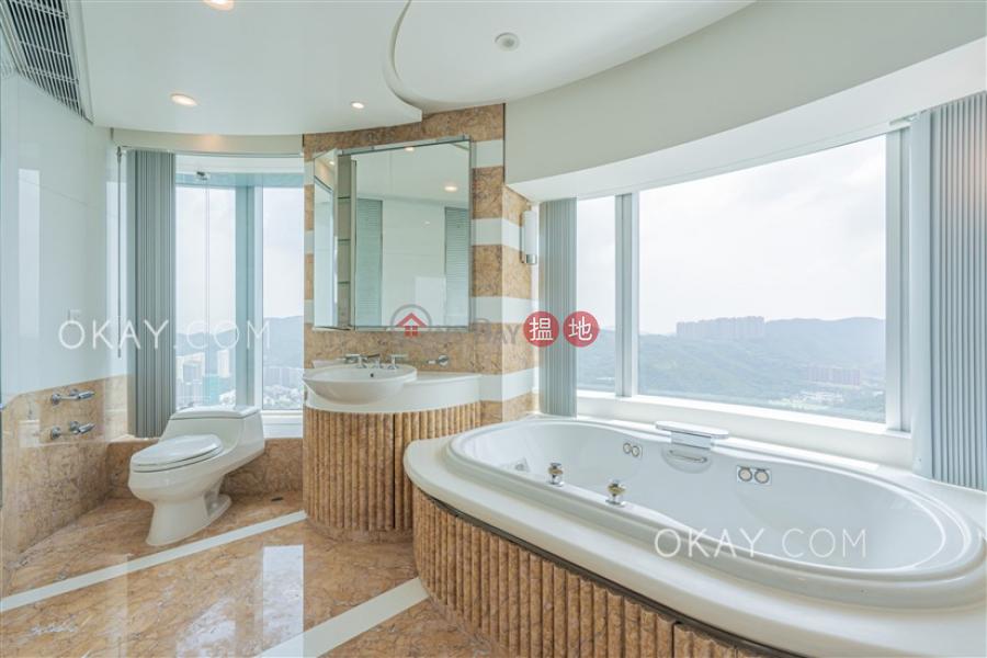 4房3廁,極高層,星級會所,連車位《曉廬出租單位》|曉廬(High Cliff)出租樓盤 (OKAY-R165839)