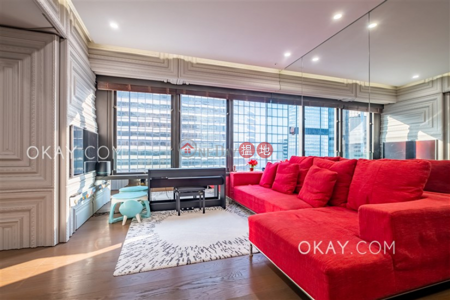 HK$ 16.8M, Convention Plaza Apartments Wan Chai District Rare 1 bedroom on high floor with parking | For Sale