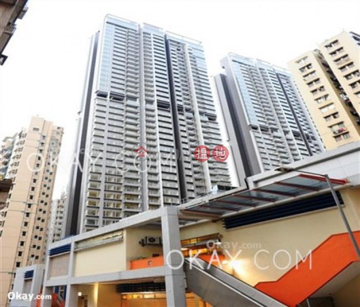Popular 3 bedroom on high floor with balcony | Rental | Greenery Crest, Block 2 碧濤軒 2座 Rental Listings