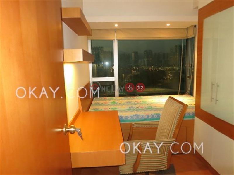 Luxurious 3 bedroom in Kowloon Station | For Sale | Sorrento Phase 2 Block 2 擎天半島2期2座 Sales Listings