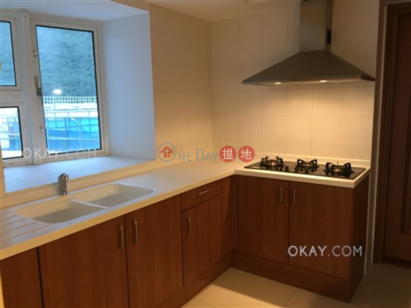 HK$ 71,000/ month Block 2 (Taggart) The Repulse Bay, Southern District, Stylish 3 bedroom with sea views, balcony | Rental