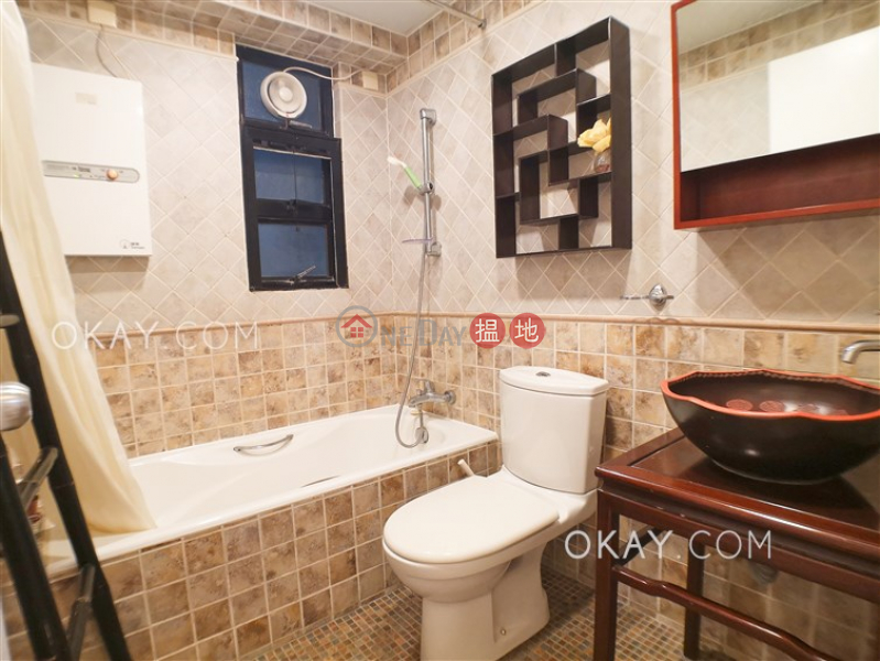 Rare 2 bedroom with parking | Rental, 52 Conduit Road | Western District Hong Kong, Rental, HK$ 39,000/ month