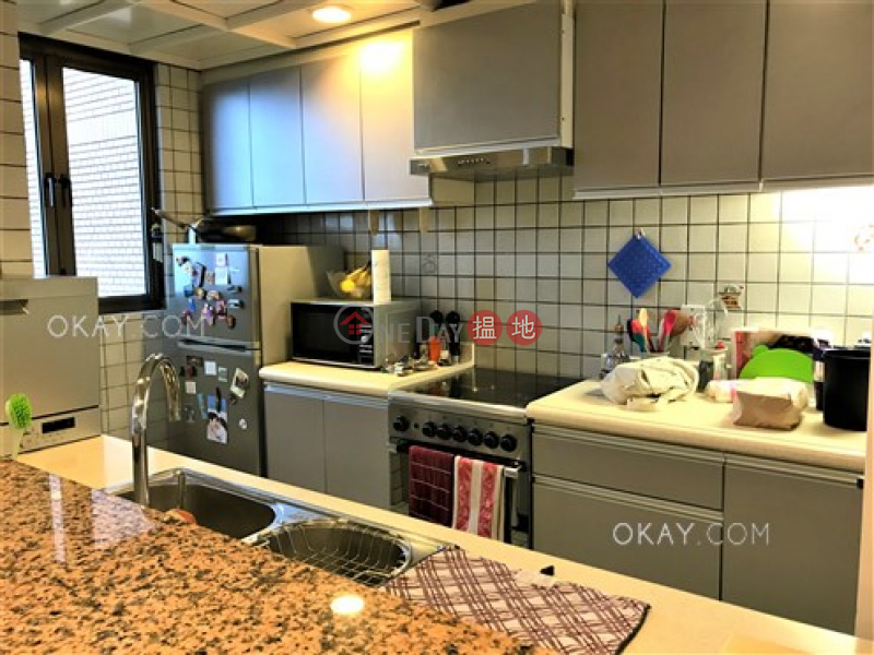 Unique 2 bedroom with parking   For Sale, 88 Tai Tam Reservoir Road   Southern District Hong Kong, Sales HK$ 30M
