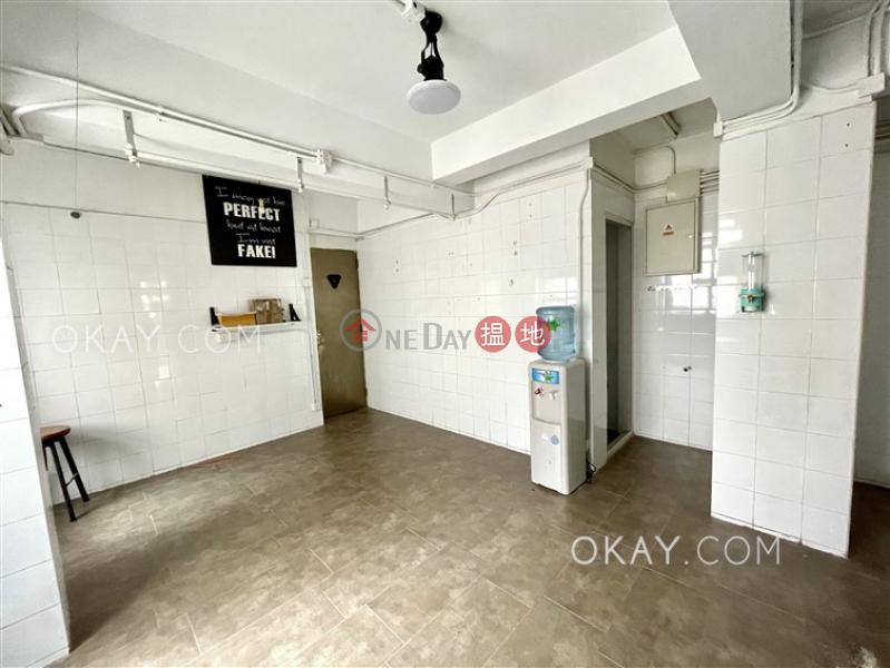 1房2廁,露台華納大廈出租單位|55百德新街 | 灣仔區香港-出租HK$ 46,000/ 月