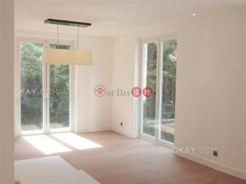 Elegant 2 bedroom with balcony & parking | For Sale 31-33 Village Terrace | Wan Chai District Hong Kong | Sales HK$ 16.5M