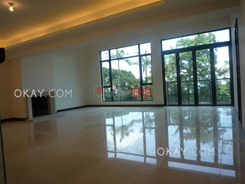 Beautiful house with balcony & parking   Rental   Strawberry Hill 紅梅閣 Rental Listings