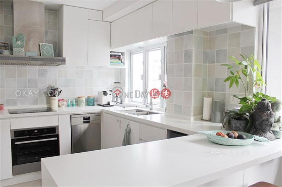 Popular 2 bedroom on high floor with rooftop | For Sale 191-193 Wing Lok Street | Western District Hong Kong Sales | HK$ 22M